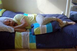 The Best Sleeping Positions When Your Sciatica Pain Flares