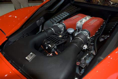 458 Italia Engine by File 458 Italia Engine Jpg Wikimedia Commons