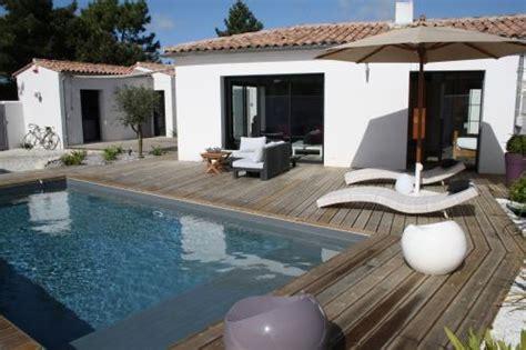 location ile de r 233 villa avec piscine proximit 233 plage