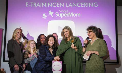 Huis Voor Alleenstaande Moeders by Huis Voor Alleenstaande Moeders