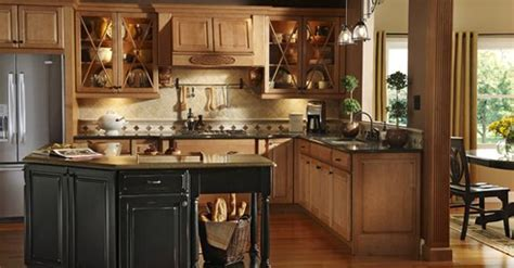 KraftMaid Montclair Maple in Burnished Ginger. I like the