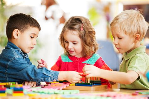 young childrens spatial talk predicts  spatial abilities
