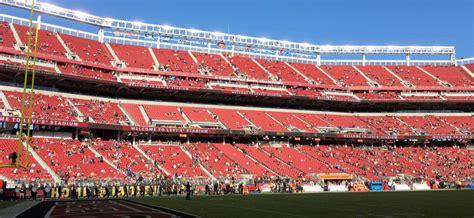 trump puts focus  empty seats  nfl stadiums