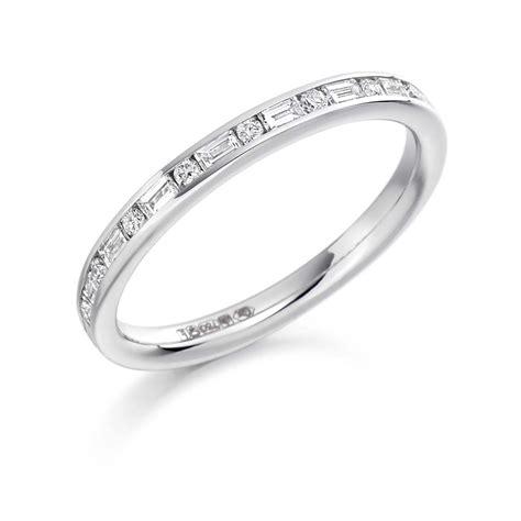 platinum 0 3ct round brilliant cut baguette cut diamonds
