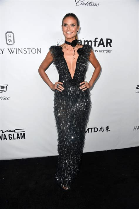 Celebrities Help Amfar Raise More Than Million