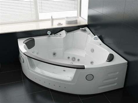 Luxus Whirlpool Indoor Badewanne 140x140 + Vollausstattung