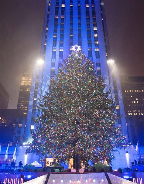 grandlite company christmas lights rockefeller christmas tree lights up and officially kicks