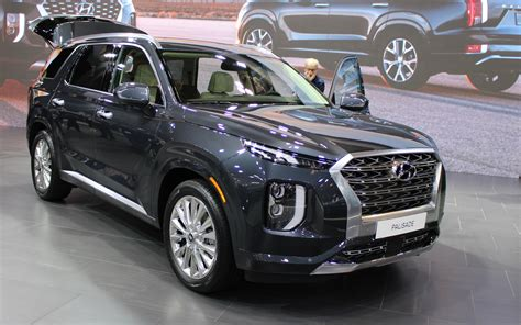 Satellite radio costs extra, lots of wind. 2020 Hyundai Palisade Makes Canadian Premiere In Toronto ...