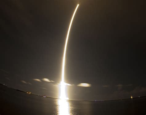 SpaceX successfully launches first International Space ...