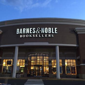 barnes and noble manchester ct barnes noble booksellers 20 photos 14 reviews
