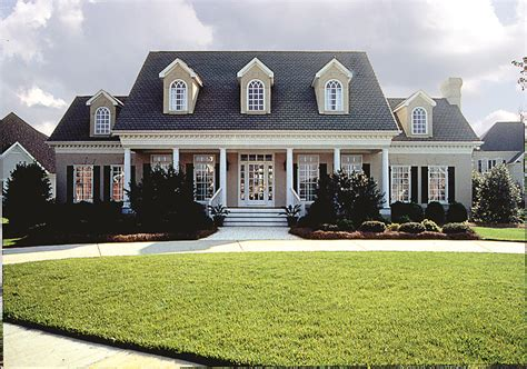 colonial farmhouse plans plantation style southern house plan 180 1018 4 bedrm