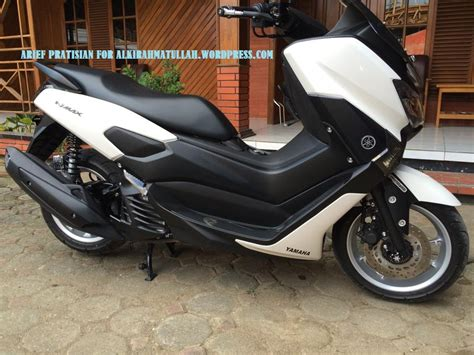Modifikasi Yamaha Nmax by Yamaha Nmax Modifikasi Scotlet Hitam Legam Deknya