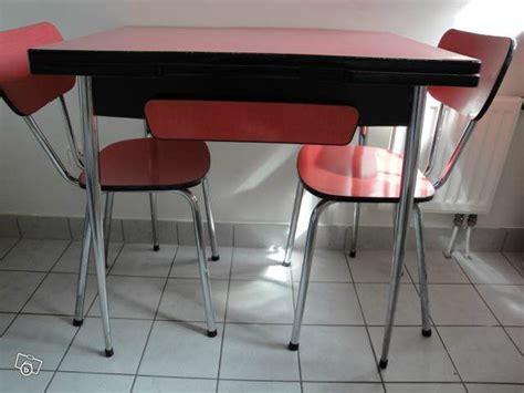 table de cuisine formica formidable formica en bateau lakevio