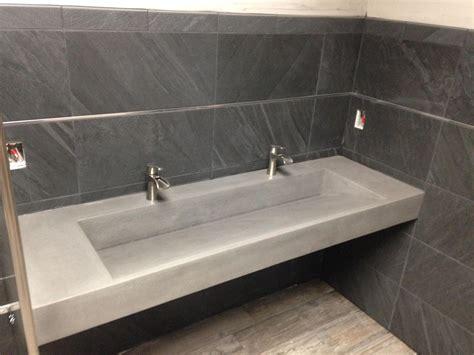 bathroom futuristic bathroom decor    compliant