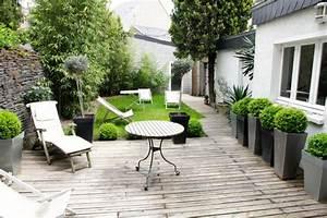 Terrasse en ville 6 astuces pour bien l39amenager for Amenager jardin en pente 6 nouveau livre la permaculture pour tous