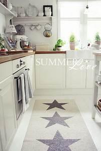 Teppich In Küche : vielleicht ein teppich in der k che k che pinterest teppiche k che und wohnen ~ Markanthonyermac.com Haus und Dekorationen
