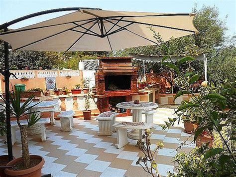 garage apartment villa meublée avec piscine à béjaïa avec alliance