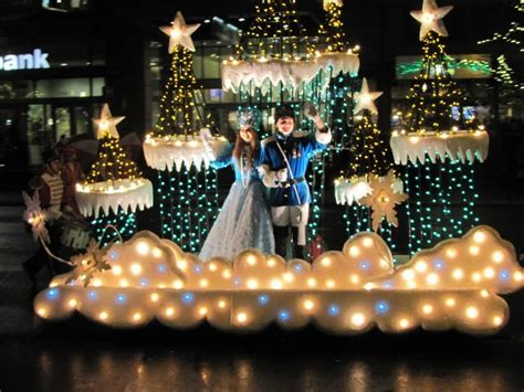 best places to see lights in kansas city axs