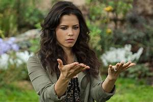 'Witches Of East End': Dash Is Dying — Season 1 Episode 6 ...