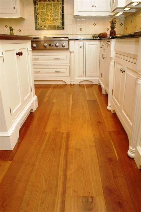 floor planks shown   photo range