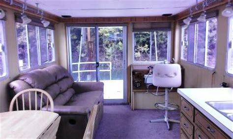 ft gibson houseboat    volvo