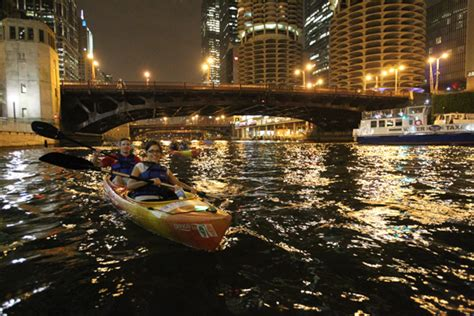 Fireworks Boat Rental Chicago by Navy Pier Fireworks Paddle Wateriders Chicago Kayak