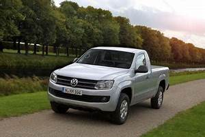 Vw Amarok Single Cab : vw amarok gets single cab commercial vehicle dealer ~ Jslefanu.com Haus und Dekorationen