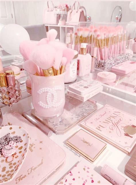 xo in 2020 makeup room decor baby pink
