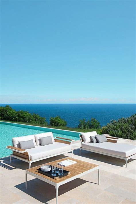 canape exterieur design le canapé de jardin embellit votre espace extérieur