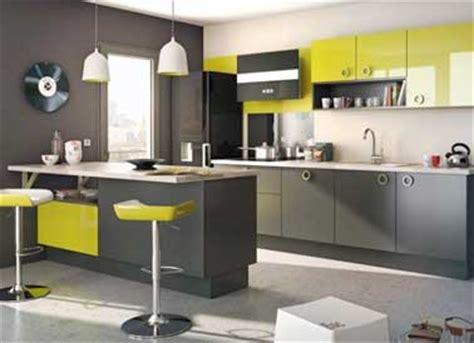 quelle couleur peinture pour cuisine quelle couleur mettre avec une cuisine grise