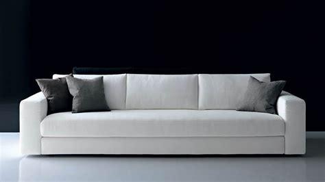 Divani Design Prezzi Bassi : Divano Design Minimal Con Piedini Bassi