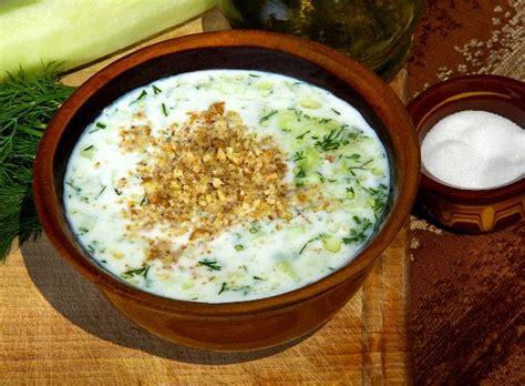 cuisiner le concombre plat typique découvrir la bulgarie