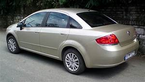 2009 Fiat Linea Photos  Informations  Articles