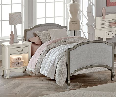 Kensington Silver Finish Victoria Twin Size Upholstered