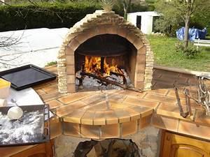 Four Pizza Exterieur : four a pizza a bois exterieur ~ Melissatoandfro.com Idées de Décoration