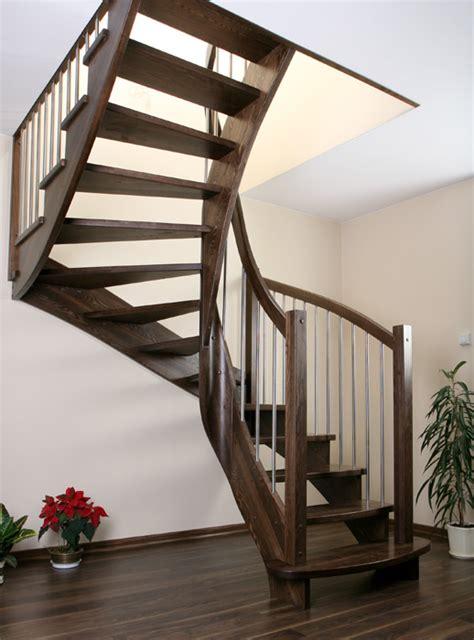 treppen treppen aus holz moderne treppen raumspaar