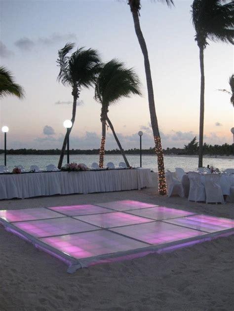 breathtaking beach waterfront wedding reception ideas