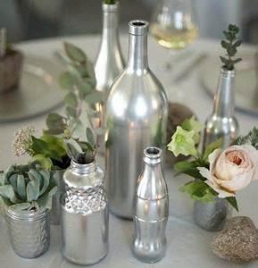 Deco De Noel Avec Bouteille En Plastique : fleurs peinture bouteille plastique ~ Dallasstarsshop.com Idées de Décoration