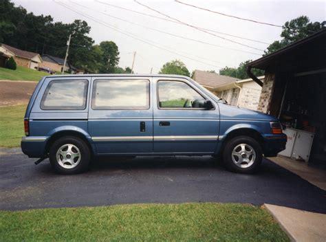 1993 Dodge Caravan by 1993 Dodge Caravan Pictures Information And Specs