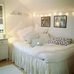 Tumblr Zimmer Lichterketten : dorm room decorating ideas by style deko ~ Eleganceandgraceweddings.com Haus und Dekorationen