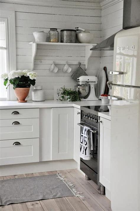 cuisine rustique moderne cuisine cagnarde moderne dco cuisine rustique cuisine moderne blanche avec des touches de