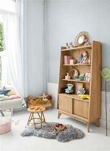 1001 idees pour la decoration chambre bebe fille With tapis chambre enfant avec petite table pour canapé