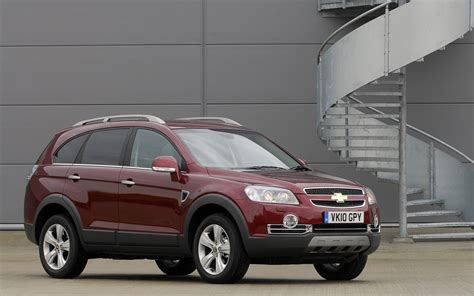 Chevrolet Captiva Photo by Chevrolet Captiva 2010 Review Amazing Pictures And