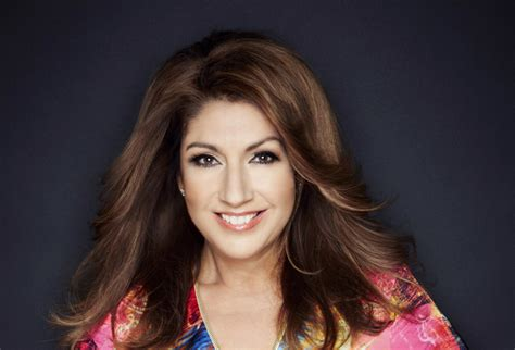 Jane McDonald boards the Avalon Poetry II in Channel 5's ...
