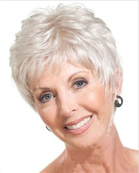 Short Haircuts For Older Women 5 Haircuts + Hairstyles 2018
