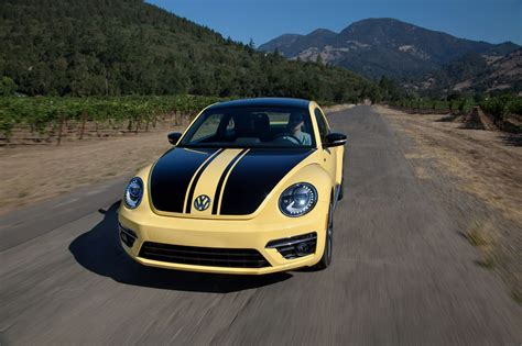 Pushing A 2018 Volkswagen Beetle Gsr Past 205 Mph On The