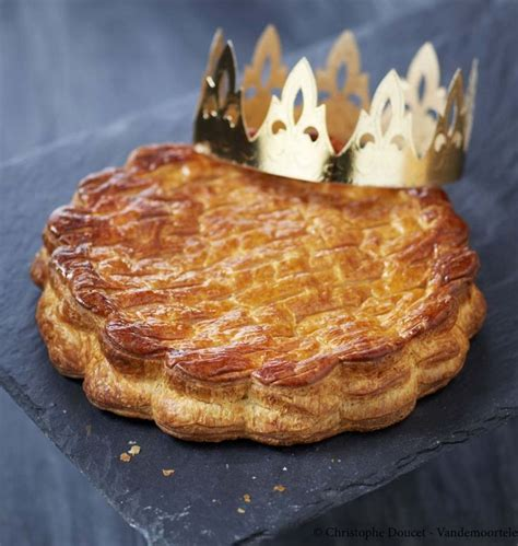 herve cuisine galette des rois les recettes galette des rois chocolat que vous allez