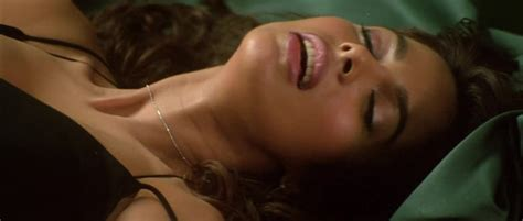 Nude Video Celebs Mallika Sherawat Sexy Murder 2004