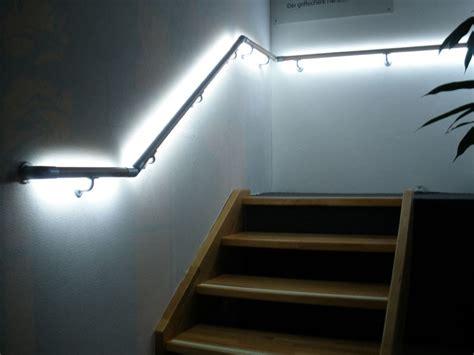 handlauf mit led handlauf mit beleuchtung bewegungsmelder wohn design