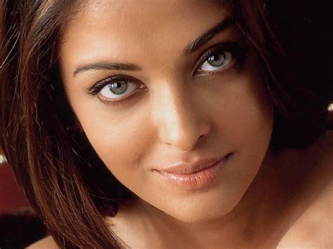 beautiful woman   world   world